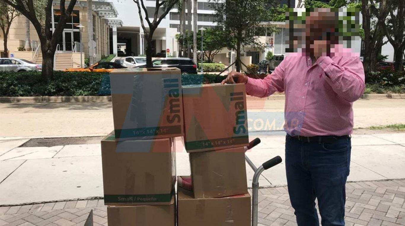 Mafia de la aduana: Martínez Rojas apunta contra Scioli y Capitanich por la obra pública