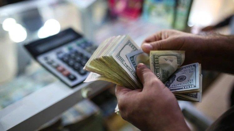 Marcha atrás: las compras en dólares realizadas antes de la sanción de la ley quedarán excluidas del 30%